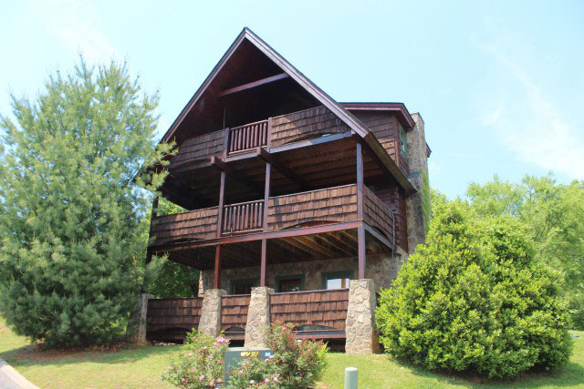 Bear Camp Cabins Pigeon Forge Cabin Rentals