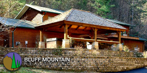 Ad - Bluff Mountain Rentals: Click to visit website
