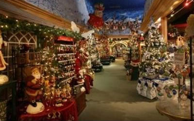 christmas in july pigeonforgecom - Christmas Inn Pigeon Forge Tn