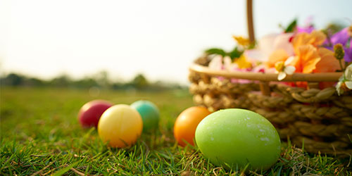 Easter At Mama's Farmhouse: Click to visit page.