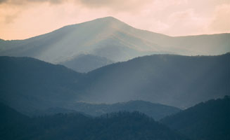 5 Things You Didn't Know About The Smoky Mountains: Click to read more.