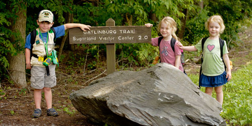 Children hiking on the Gatlinburg Trail