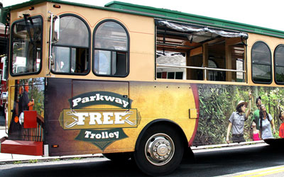 Free Gatlinburg Parkway Trolley @ Gatlinburg | Tennessee | United States