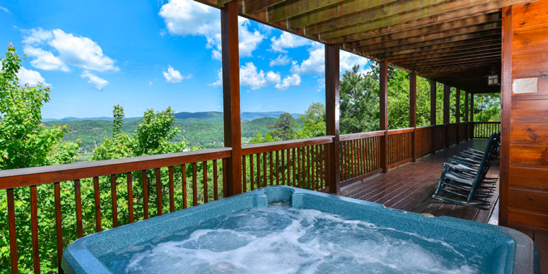 Getaway Mountain Lodge balcony with mountain view & hot tub