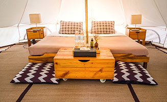 A Guide To Glamping in the Smoky Mountains: Click to read more