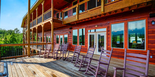 Ad - Gatlinburg Mansion: Click to book.