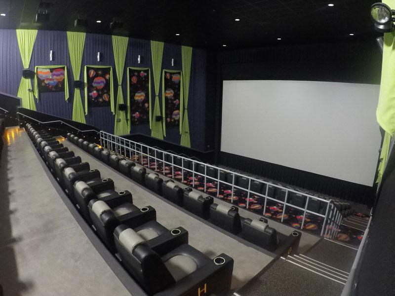 Governor S Crossing Stadium 14 Movie Theater Pigeonforge Com