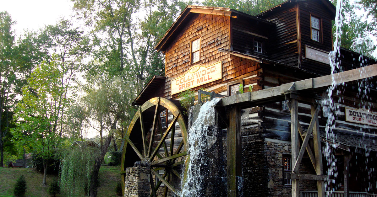 Dollywood: Park Sections, Rides & Info: Click to read more