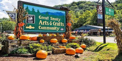 Gatlinburg Arts Crafts Community Activities History Top