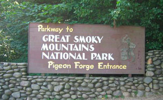 Parkway to History: What Makes Pigeon Forge so Magical?: Click to view post