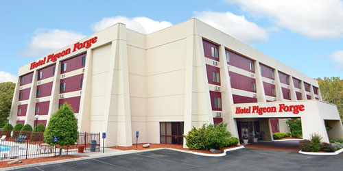 Ad - Hotel Pigeon Forge: Click for website