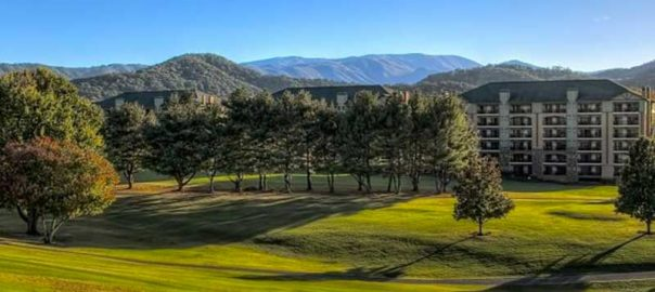Pigeon Forge Hotels With Mountain Views: Click to read more.