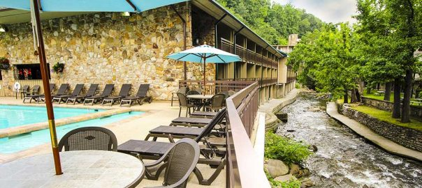 Pigeon Forge Hotels On The River