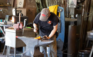 Click to view post: Make Your Own Knife in Pigeon Forge