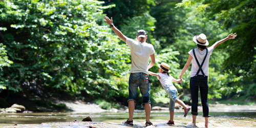 Tips For Camping With Kids: Click to visit page.