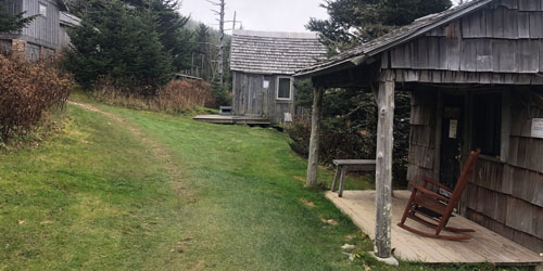 Hiking Trails to Reach Mount LeConte: Click to visit page.