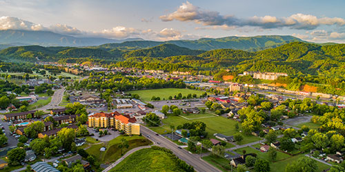 Things To Do In Pigeon Forge: Click to visit page.