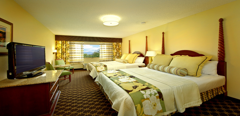 Quality Inn Amp Suites Pigeon Forge Hotels On The Parkway