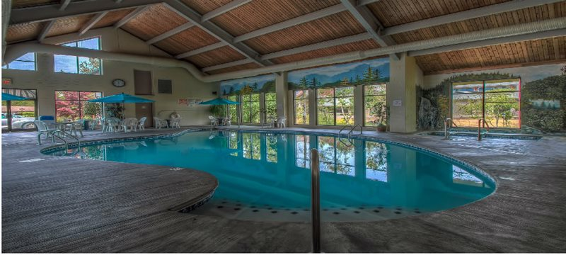 Willow Brook Lodge Pigeon Forge Hotels
