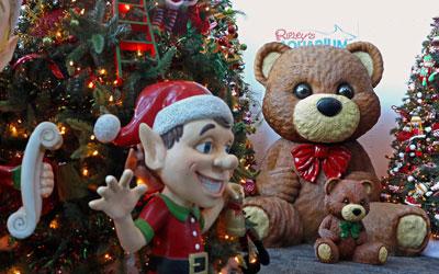 Santa's Village at Ripley's Aquarium of the Smokies: Click for event info.