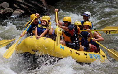 Ad - Rafting In The Smokies: Click to visit website.