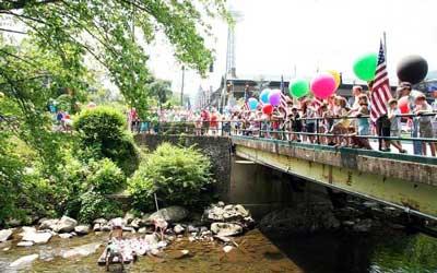 Gatlinburg River Raft Regatta: Click for event info.
