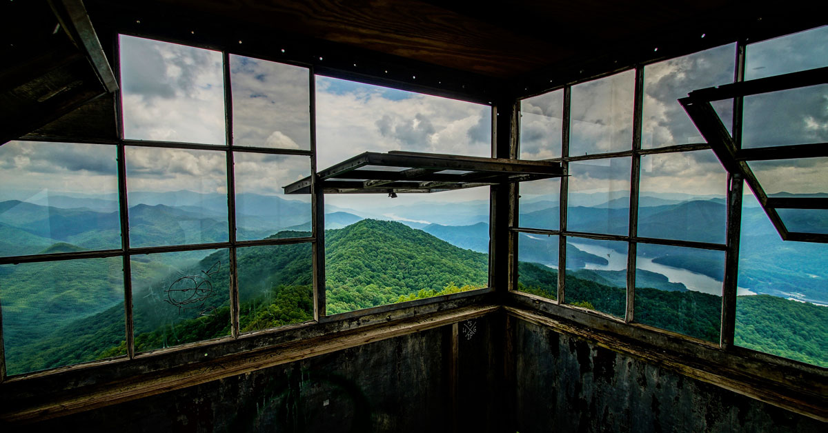 Click to open Fire Towers & Lookout Points In The Smoky Mountains post
