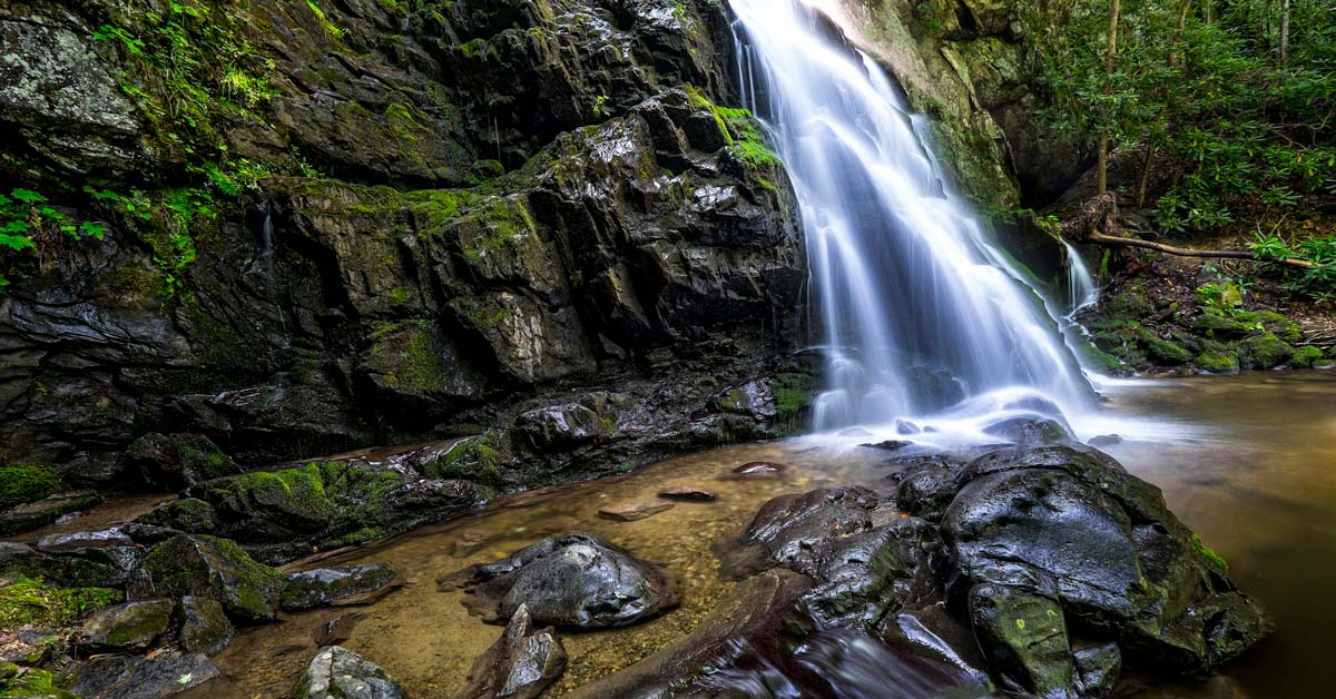Click to open Smoky Mountain Waterfall Hikes post