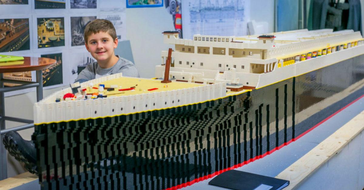 World S Largest Lego Titanic Pigeonforge Com
