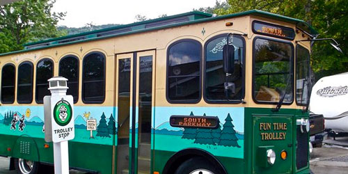 Pigeon Forge & Gatlinburg Trolley Information: Click to visit page.