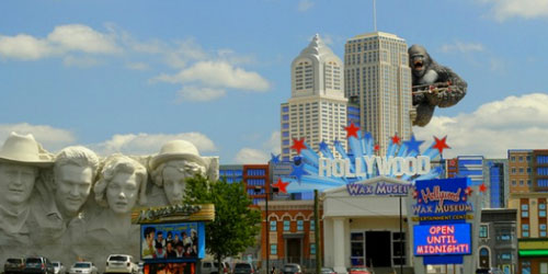 Hollywood Wax Museum: Click to visit page.