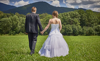 Smoky Mountain Weddings, Honeymoons & Vow Renewals: Click to read more.
