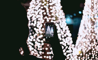 How to Take Photos of Winterfest Lights: Click to read more